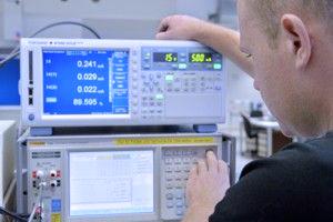 Industrielle Messgeräte und Prüfmittel