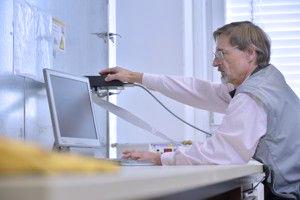 Messung der Störempfindlichkeit mit einem EMV-Störgenerator